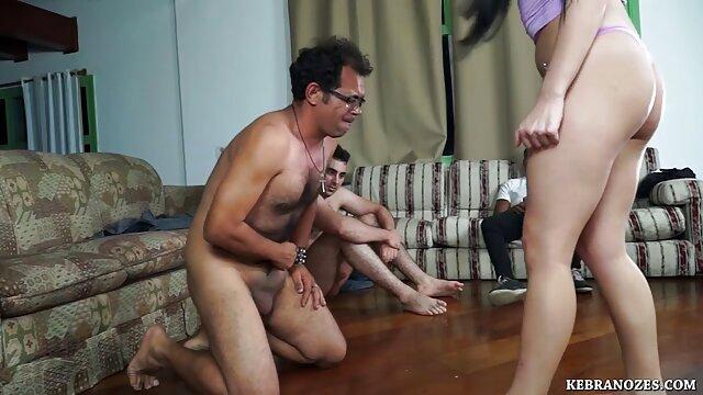 lição pornô anal brasileiro lésbica da mamã impaciente