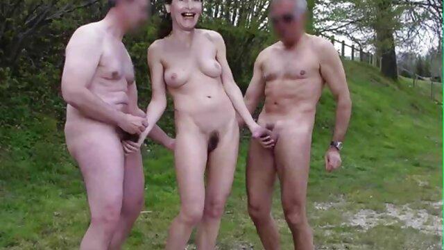 Namoradas videos amadores de sexo brasileiro casadas arranjaram uma pornografia ao vivo com um actor pornográfico.